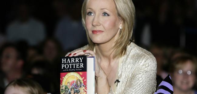 J. K. Rowling prequela de Harry Potter roubada