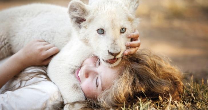 Mia e o Leão Branco